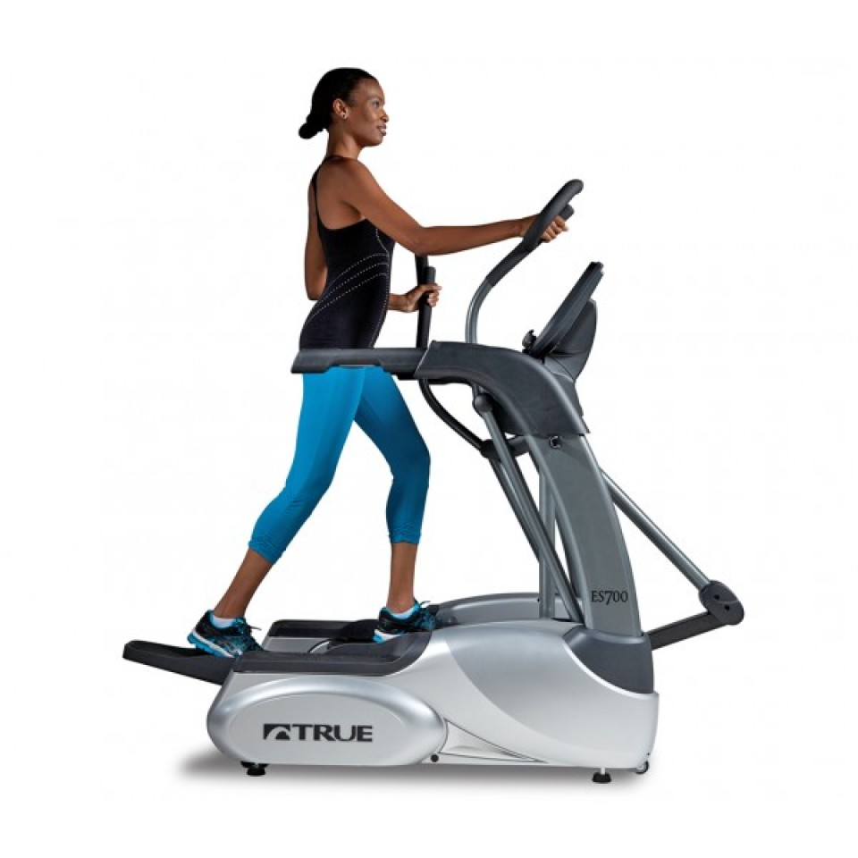 ES700 Elliptical by True Fitness